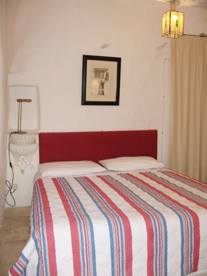 Intima e tranquilla con il soffitto a cono tipico dei trulli for Aggiunta stanza indipendente